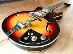 1960s Trump Vintage Electric Hollowbody Guitar Japan by Teisco Sunburst Univox