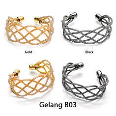 Gelang dengan motif anyaman yang ringan dengan pilihan warna gold dan black  Rp 55.000