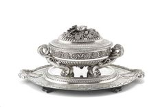 Sachsen Teschen soup tureen gifted to Marie Antoinettes Sister Sells