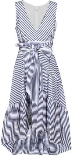 Shop Parosh Bow-detailed Stripe Print Dress and save up to EXPRESS international shipping! Simple Long Dress, Simple Dresses, Simple Dress Pattern, Dress Patterns, Colourful Outfits, Colorful Fashion, Dresses For Apple Shape, Mode Chic, Casual Summer Dresses