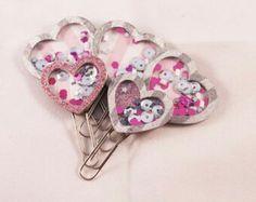 use the heart punches I have Paper Clips Diy, Paper Clip Art, Paperclip Crafts, Paperclip Bookmarks, My Scrapbook, Scrapbooking, Diy Agenda, Tarjetas Diy, Diy Crafts For Girls