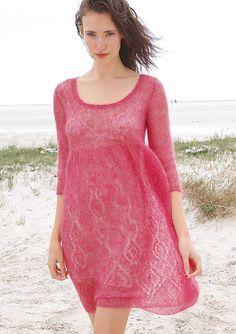 Lacemuster Kleid in Pink selber stricken mit einer Strickanleitung aus Rebecca- mein Strickmagazin und dem ggh-Garn KID MELANGE (65% Super-Kid-Mohair / 5% Schurwolle / 30% Polyamid). Garnpaket zu Modell 19 aus Rebecca Nr. 45 – by Rebecca Magazine