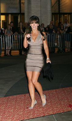 Jennifer Love Hewitt Body, Jeniffer Love, Jennifer Lawrence Hot, Beautiful Actresses, Beautiful Celebrities, Actrices Hollywood, She Is Gorgeous, Great Legs, White Girls