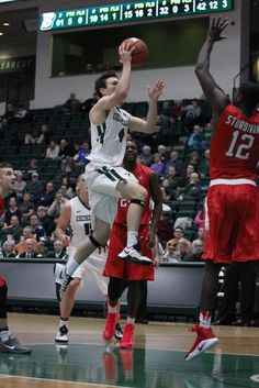 Binghamton men's basketball downs Maine as it cruises to third straight win