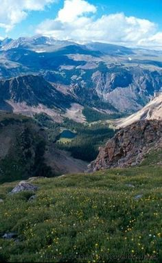 Welcome to the Beartooth Highway in Montana & Wyoming. Add this beautiful drive to your Montana travel plans.