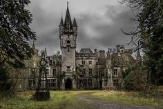 From macabre crypts to haunted castles to ghostly ship wrecks, this article shows the 13 creepiest places in Europe to see on your gap year. WANT TO GO!!!!!!!!