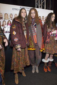Etro Fall 2017 Fashion Show Backstage - The Impression Fashion News, Fashion Show, Backstage, Milan, Fur Coat, Textiles, Street Style, Fall, Model
