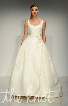 Amsale Spring 2013. Simple, sweet and classic. #Love