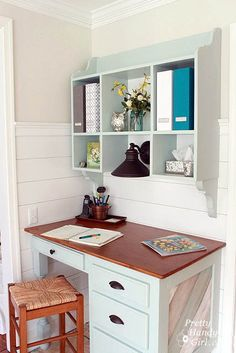 how to build a wall mounted kitchen hutch. Totally open hall closet and make into desk area or on wall the separates living and kitchen Kitchen Hutch, Kitchen Desks, Desk Hutch, Kitchen Office, Desk Cubby, Kitchen Wood, Diy Kitchen, Vintage Kitchen, Command Center Kitchen