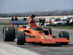 Bob Muir - Lola T330 [HU4] Chevrolet V8 - Jones-Eisert Racing - Michigan International Speedway - 1973 L&M F5000 Championship, round 3 - © Mark Windecker 2004