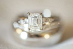 Now that's an engagement ring.  Photography By / http://landonjacob.com