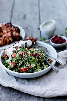 Raw Broccoli & Pomegranate Tabouli with Harissa chicken skewers and a lemony, garlicky tahini yogurt sauce. An easy, fresh summer salad. Healthy Salad Recipes, Raw Food Recipes, Meat Recipes, Kitchen Recipes, Recipes Dinner, Harissa Chicken, Raw Broccoli, Organic Recipes, Ethnic Recipes