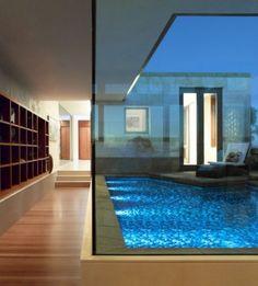 Indoor zen-like pool space. Looks so relaxing!