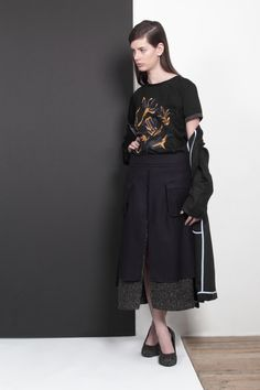 ARMANDO TAKEDA 2015-16AW LOOK19 #tshirt #coat #sweatskirt