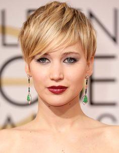 Make up et coiffures: les looks des Golden Globes  http://www.femina.ch/people/make-up-maquillages-coiffures-golden-globes-2014