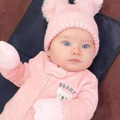 Maybe you need baby tips? Please check the info in the full post here. So Cute Baby, Cute Baby Boy Images, Cute Baby Pictures, Baby Love, Baby Photos, Cute Kids, Baby Baby, Funny Videos For Kids, Cute Baby Videos
