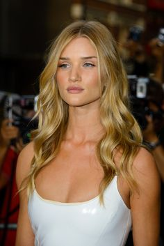 Rosie Huntington-Whiteley Photos: Arrivals at the GQ Men of the Year Awards