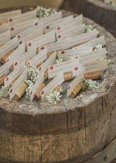Best ideas for wedding reception ideas table place cards Wedding Reception Tables, Wedding Seating, Reception Decorations, Reception Ideas, Wine Cork Wedding, Rustic Wedding, Wedding Souvenir, Decor Wedding, Diy Wedding