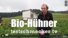 Glückliche Hühner: Bio-Hühnerhaltung, bio-dynamisch, entstanden aus einem einer Art Crowdfunding. Jetzt sind beide glücklich. Hier gehts zum Video und zum Artikel: http://www.testschmecker.de/2013/06/27/bio-huhnerhaltung-gluckliche-huhner/