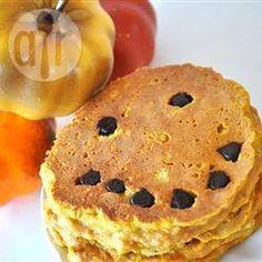 Hot cakes de calabaza para Halloween @ allrecipes.com.mx