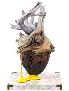 Christopher David White es un escultor, pero también una clase de ilusionista…