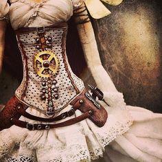 funkysteampunky:  #steampunk#world#dress# doll by namisuan http://instagr.am/p/Wyu4HQHob5/