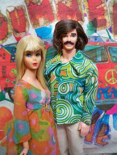 Living Barbie and MoD Ken at Barbie Life, Barbie World, Barbie And Ken, Vintage Barbie Clothes, Vintage Dolls, Doll Clothes, Barbie Diorama, Beautiful Barbie Dolls, Ken Doll