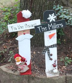 Personalized Christmas/Winter Santa/ Snowman Decor - Crafting For Holidays Santa Crafts, Christmas Wood Crafts, Pallet Christmas, Christmas Yard, Noel Christmas, Christmas Signs, Outdoor Christmas, Christmas Projects, Winter Christmas