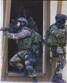 """1st SFOD-D """"Delta Force"""" operadores Delta CQB 2001."""