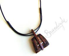 Original handgefertigte Holzanhänger  Halskette Eiche und