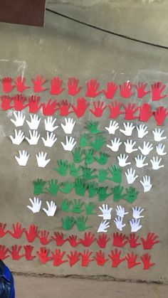 #Lebanon #Independence #Day #craft for #preschool Toddler Crafts, Preschool Crafts, Crafts For Kids, English Activities, Math Activities, Lebanon Independence Day, Hat Crafts, Paper Crafts, Independence Day Activities