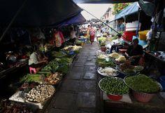 http://worldtripsluca.altervista.org/thailandia-il-mercato-sui-binari-del-treno/