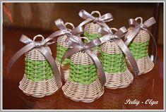 Wicker Baskets, Home Decor, Newspaper, Decoration Home, Room Decor, Home Interior Design, Home Decoration, Woven Baskets, Interior Design