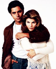Becky and Jesse Becky Full House, Aunt Becky, 90s Tv Shows, Uncle Jesse, Lori Loughlin, John Stamos, Fuller House, 90s Nostalgia, Netflix Series