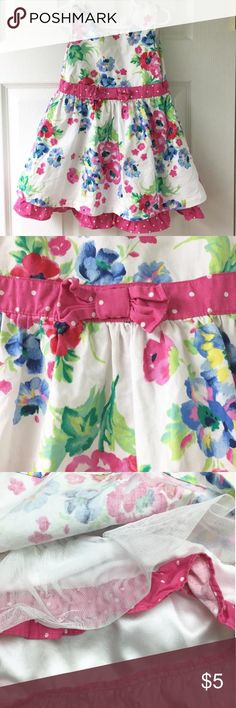 🎀 The perfect Spring floral Dress 🌷 Children's Place floral sun dress. Pink polka dot bow waist. Dressy with Tulle under skirt.  ** Small pink mark near one of the pink flowers, not noticeable. Children's Place Dresses