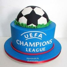 uefa champions league cake 2 best memories of uefa champions league : uefa champ… uefa champions league kuchen 2 beste erinnerungen an uefa champions league: … Uefa Champions League, Champions Leauge, Soccer Birthday, Soccer Party, Ideas Decoracion Cumpleaños, Fake Cake, Cakes For Boys, Party Cakes, Premier League