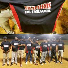 > Equipo de #softball Los Tilapieros reciben uniforme.  Mas detalles en http://jaraguenses.org  #Jaraguenses https://www.instagram.com/p/BAb6nW9mOgl/