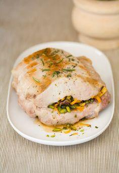 Rôti de porc farci aux pistaches : rôti de porc pistaché, recette de rôti de porc pistache  #GlobeTripper®