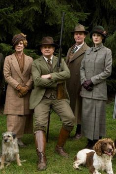 Lady Rosamund, lord Grantham, Richard Carlisle and lady Mary