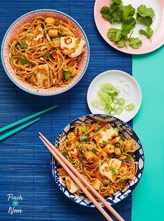 Low Calorie Recipes, Diet Recipes, Vegetarian Recipes, Cooking Recipes, Healthy Recipes, Savoury Recipes, Vegetable Recipes, Pinch Of Nom, Zoodle Recipes