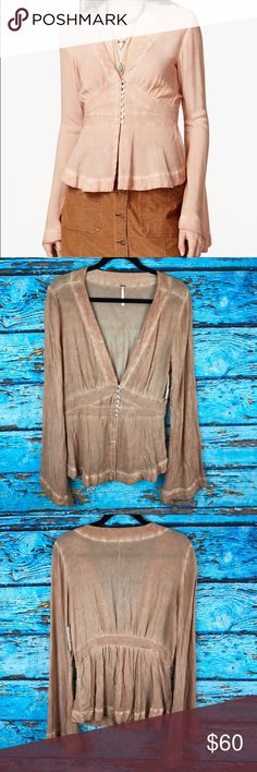Free People Dreaming Of Denim Bell Sleeve Top Free People NEW Sz L Dreaming Of Denim Tunic Top Plunge Long Bell Sleeve Boho Size Large Armpit to armpit 22 inches Total length from top of shoulder to bottom hem 26 inches Free People Tops Blouses