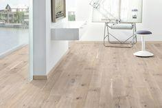Pvc Flooring, Types Of Flooring, Wooden Flooring, Concrete Floors, Living Room Inspiration, Living Room Bedroom, Home And Living, Family Room, Sweet Home