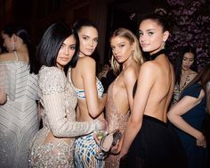 Kylie Jenner, Kendall Jenner, Stella Maxwell, and Taylor Hill