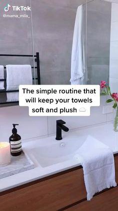 Diy Home Cleaning, Household Cleaning Tips, House Cleaning Tips, Deep Cleaning, Cleaning Hacks, Simple Life Hacks, Useful Life Hacks, Home Organization Hacks, Laundry Hacks