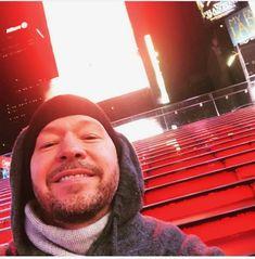 Donnie Wahlberg, Mark Wahlberg, Blue Bloods Tv Show, Braveheart, New Kids, Gentleman, Hot Guys, Tv Shows, Husband