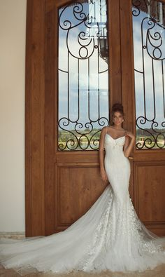 Galia Lahav 2014: The Empress Deck Bridal Collection  #bridal #wedding #dress #wedspiration #bridetobe