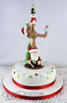 Christmas cake 2014 with Christmas totem pole