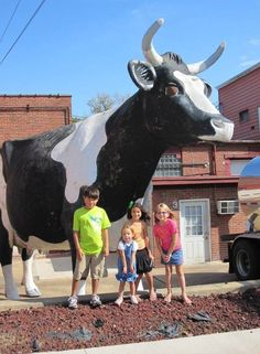 TBT - Lacey May at her first location beside the store | Minerva Dairy