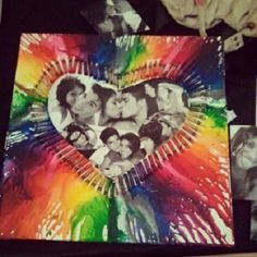I gotthis idea from two diferent pins, i mixed them and got this lovely picture frame for my boyfriends room :)