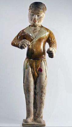 Sirviente sancai Cerámica barnizada Dinastía Tang (618-907), China A.: 43 cm Ref: Cer 5-18-07 Test T.L.